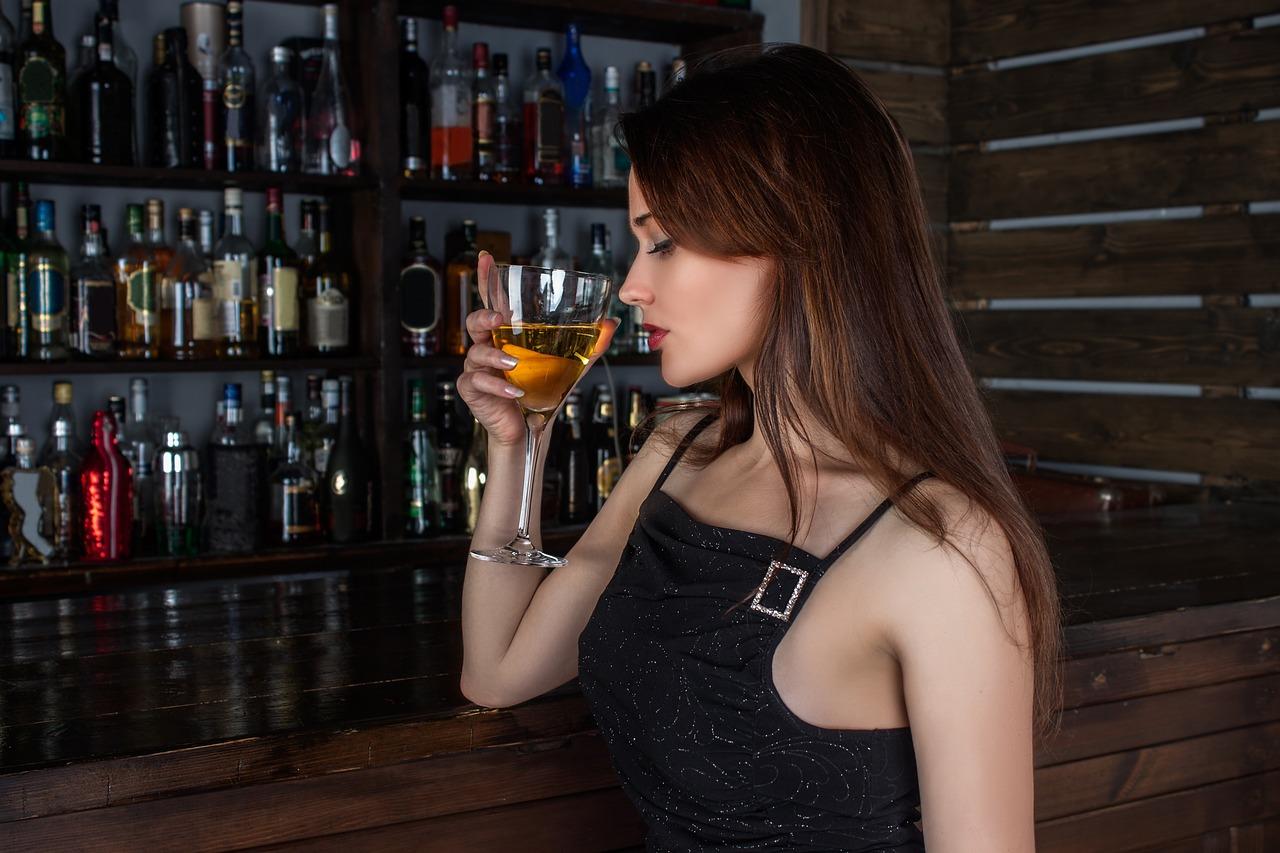 福岡の一人飲みで利用可能な立ち飲み屋【おすすめ】